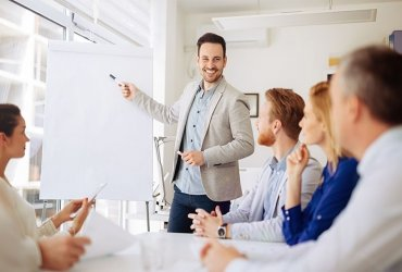 Business set up in Dubai - Hire management consultants for right directions and professional support